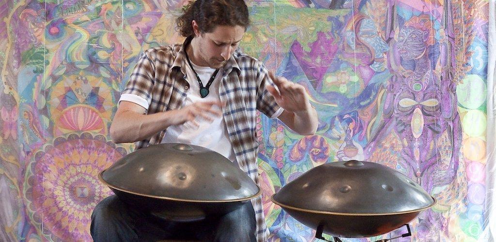 hangdrum handpan percussioni metalliche strumento musicale